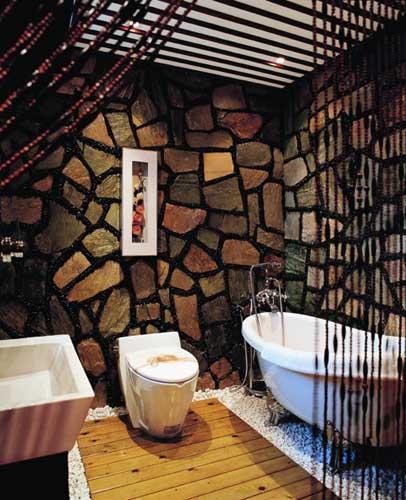 3)浴缸前墙采用砖砌贴瓷砖时