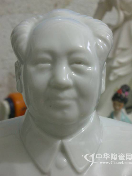 文革毛泽东半身塑像
